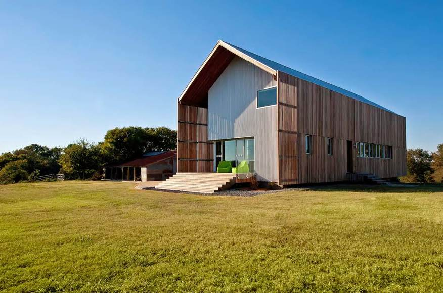 Barndominiums 101 what why how to build your dream for Cost to build a pole barn house