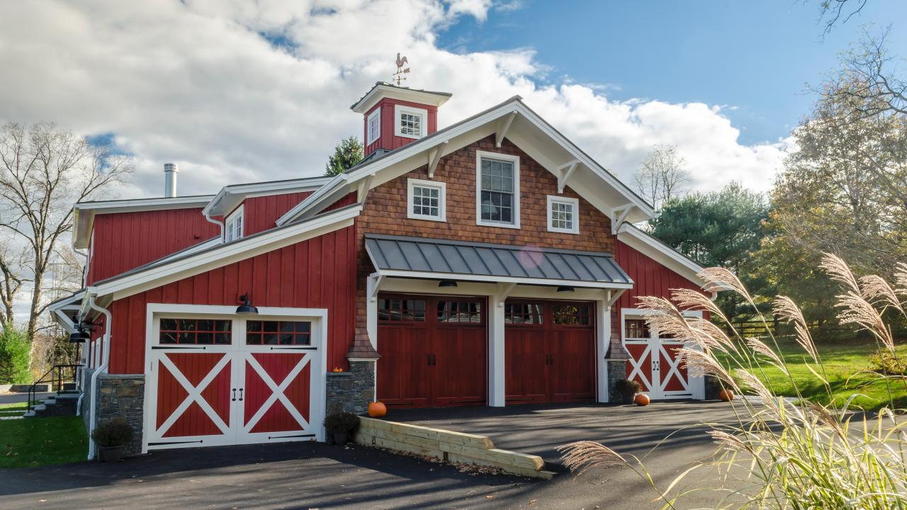 Metal Barn Homes >> Pole Barn Homes 101 How To Build Diy Or With Contractor